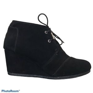 Toms Desert Suede Black Wedge Ankle Boots Booties